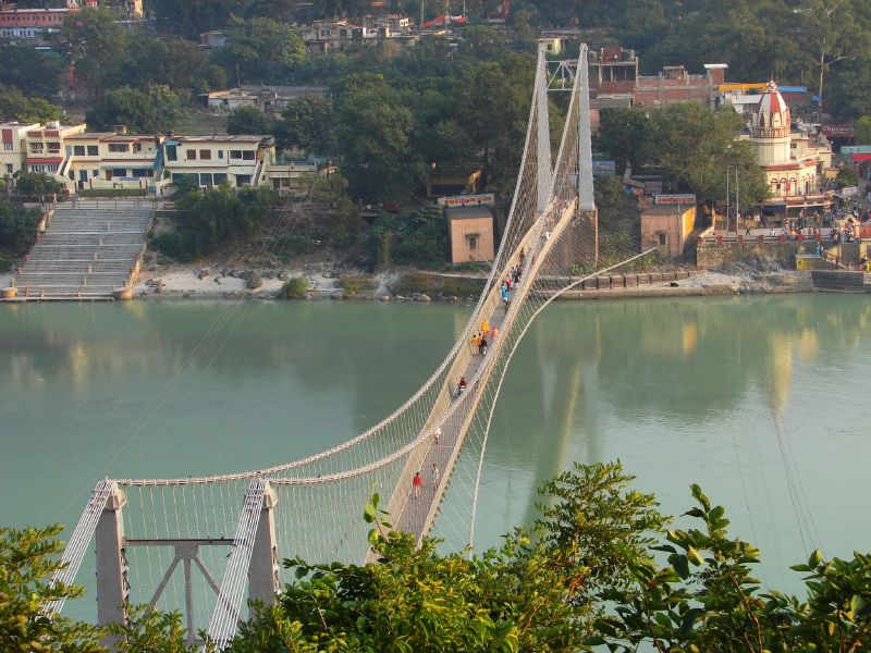 File:Ramjhula - bridge over the Ganga.jpg