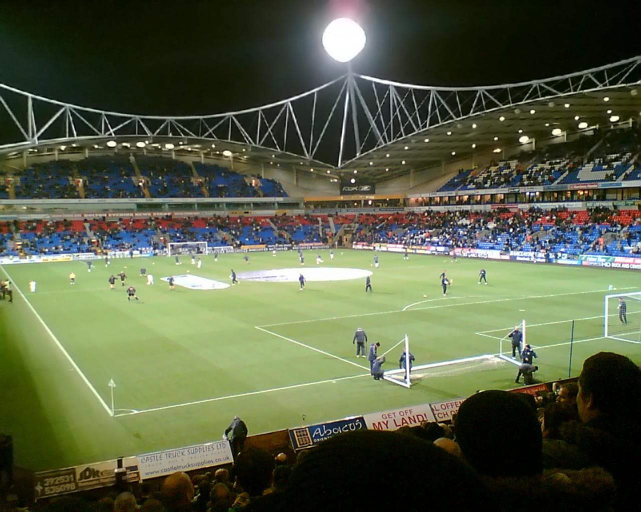 http://upload.wikimedia.org/wikipedia/commons/1/11/Reebok_Stadium.jpg