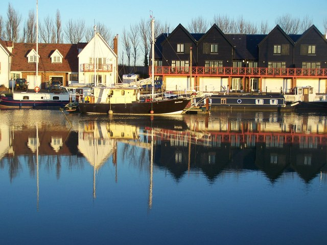Reflections in Conyer Creek - geograph.org.uk - 1088920