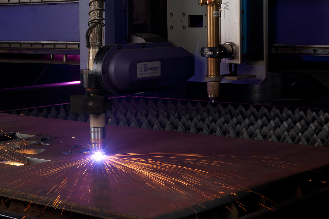 How to Choose and Use a Plasma Cutter Safely and Effectively