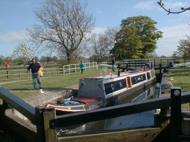 Ripon Canal - geograph.org.uk - 2914