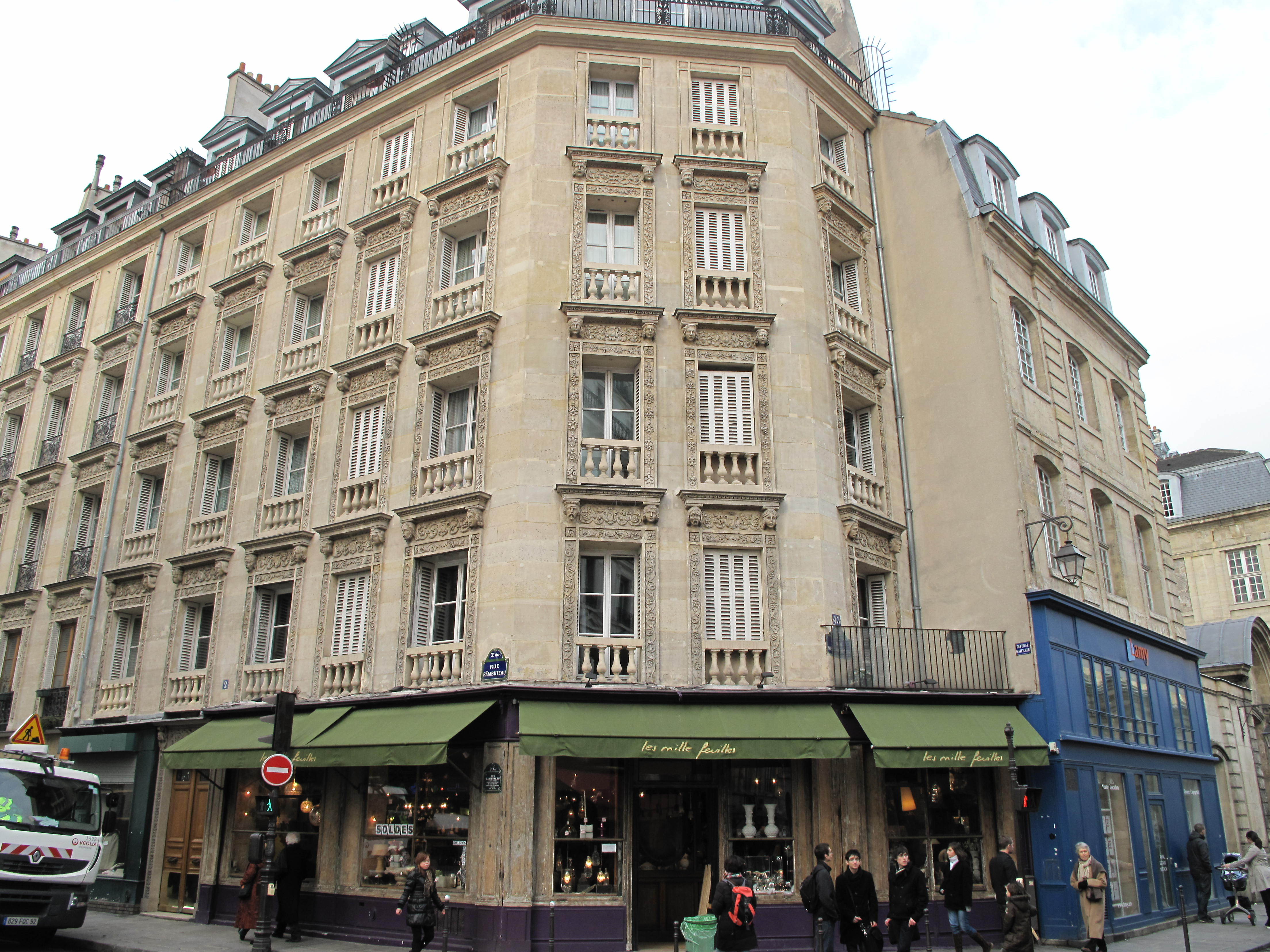 File rue rambuteau 2 wikimedia commons - Rue rambuteau paris ...