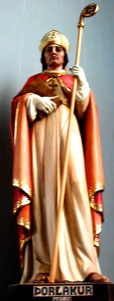 Statue av den hellige Thorlákr i Dómkirkja Krist Konungs i Reykjavik