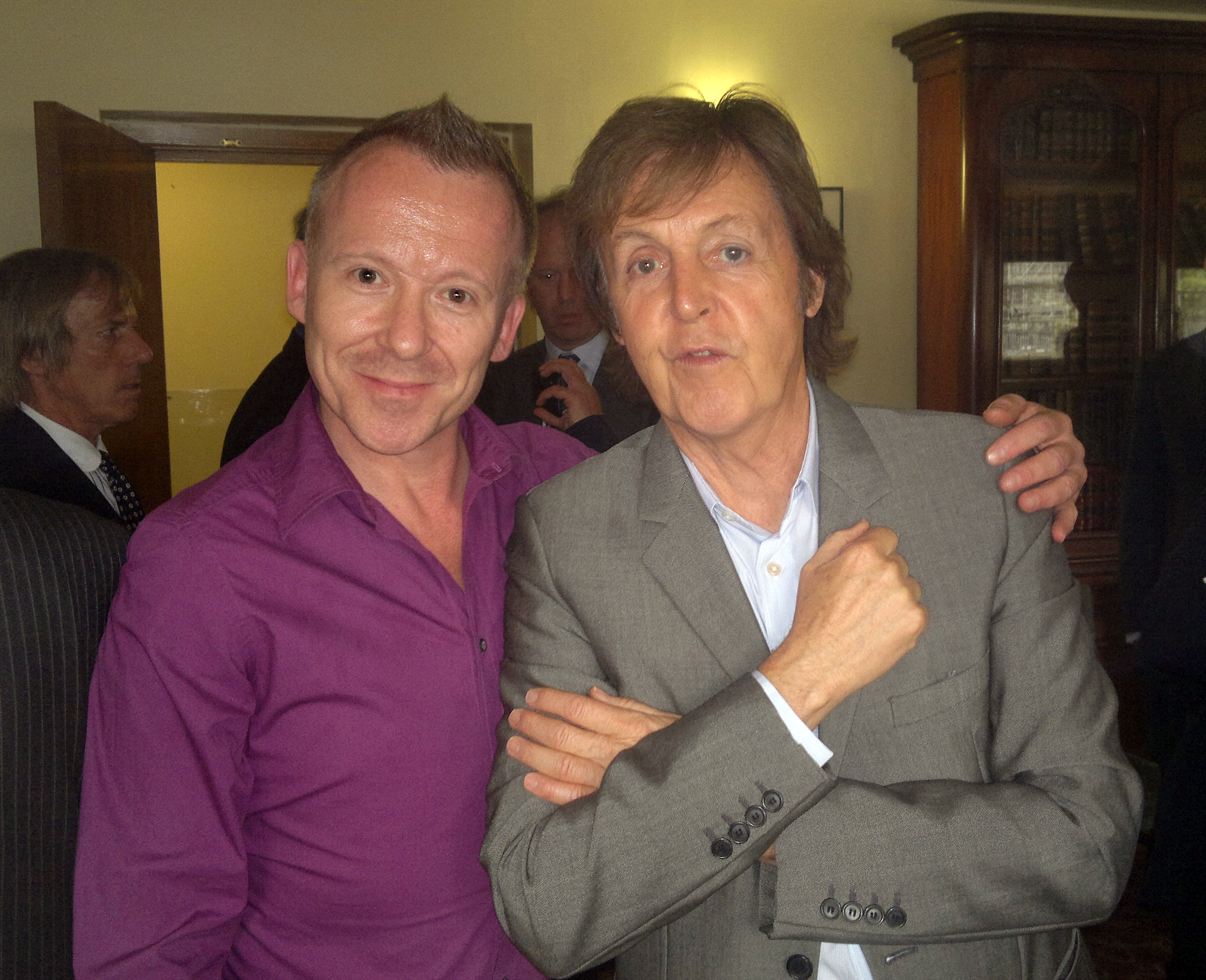 FileSimon Britton Sir Paul McCartney LIPA Liverpool