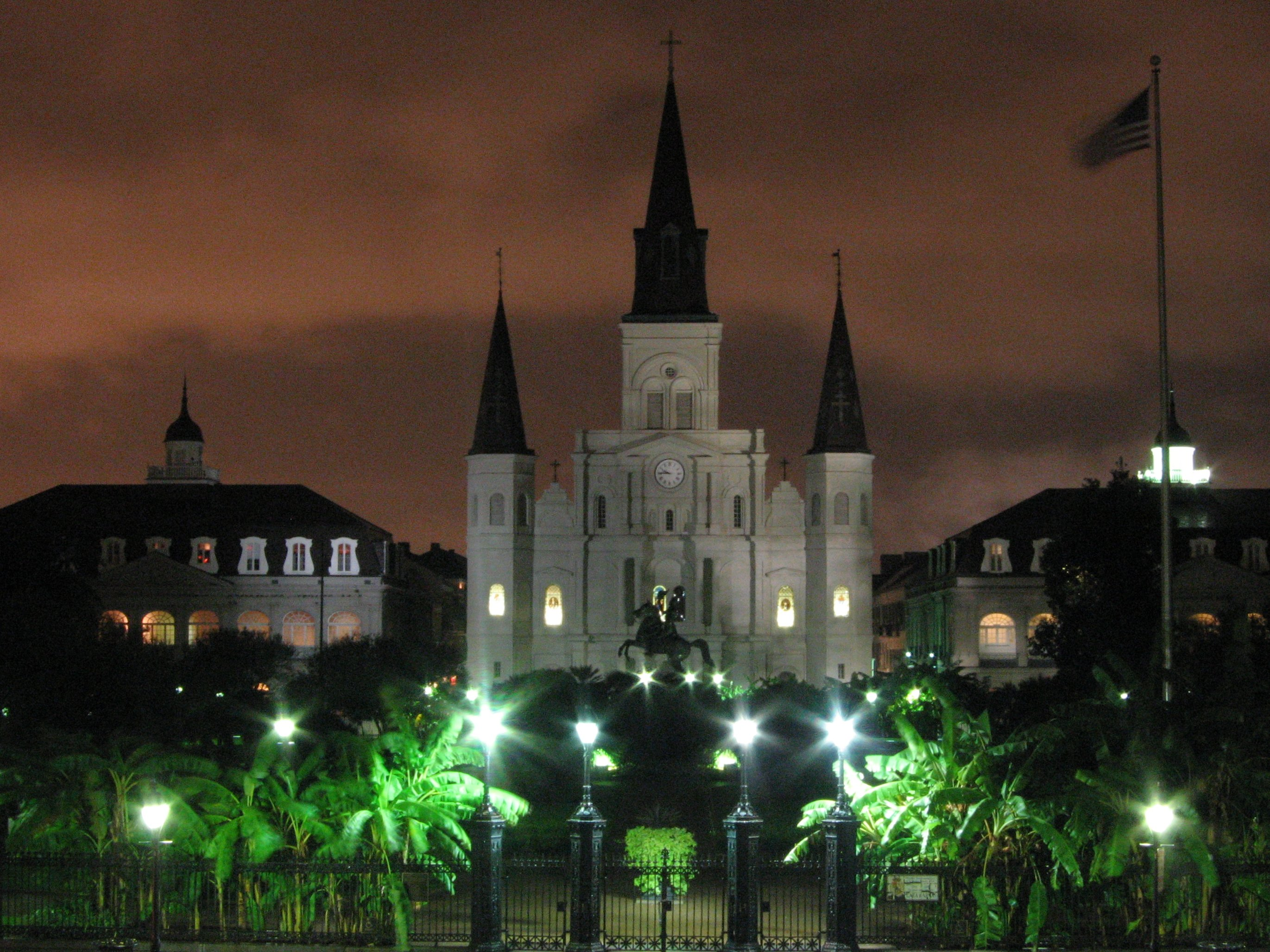 Mercy Smart Square Com >> Check out the historical Jackson Square in New Orleans ...