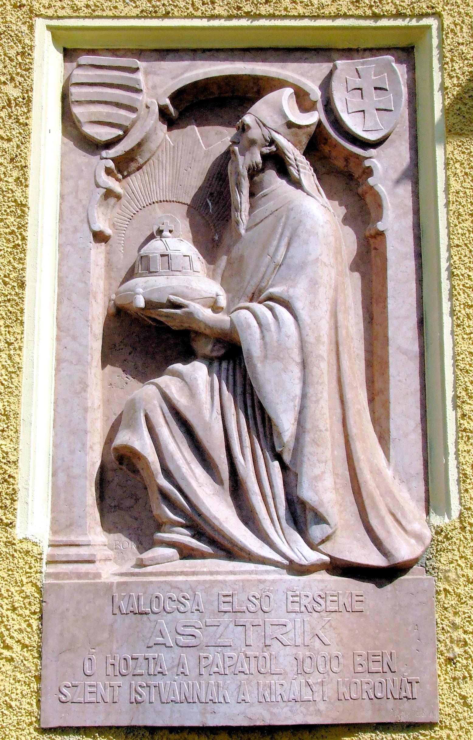 Jenő Bory (1879-1959): Relieff av Astrik i domkirken i Kalocsa