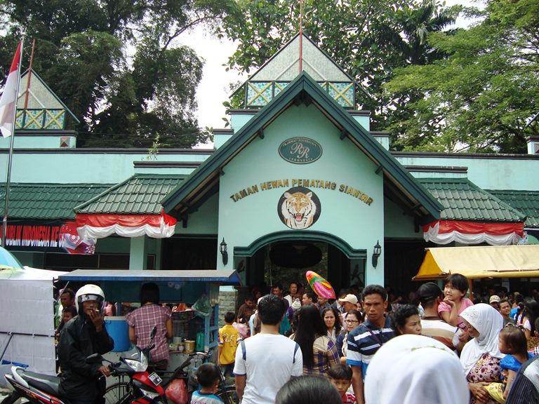 Pematangsiantar Indonesia  city photos : Pematangsiantar Cuisine of Pematangsiantar, Popular Food of ...