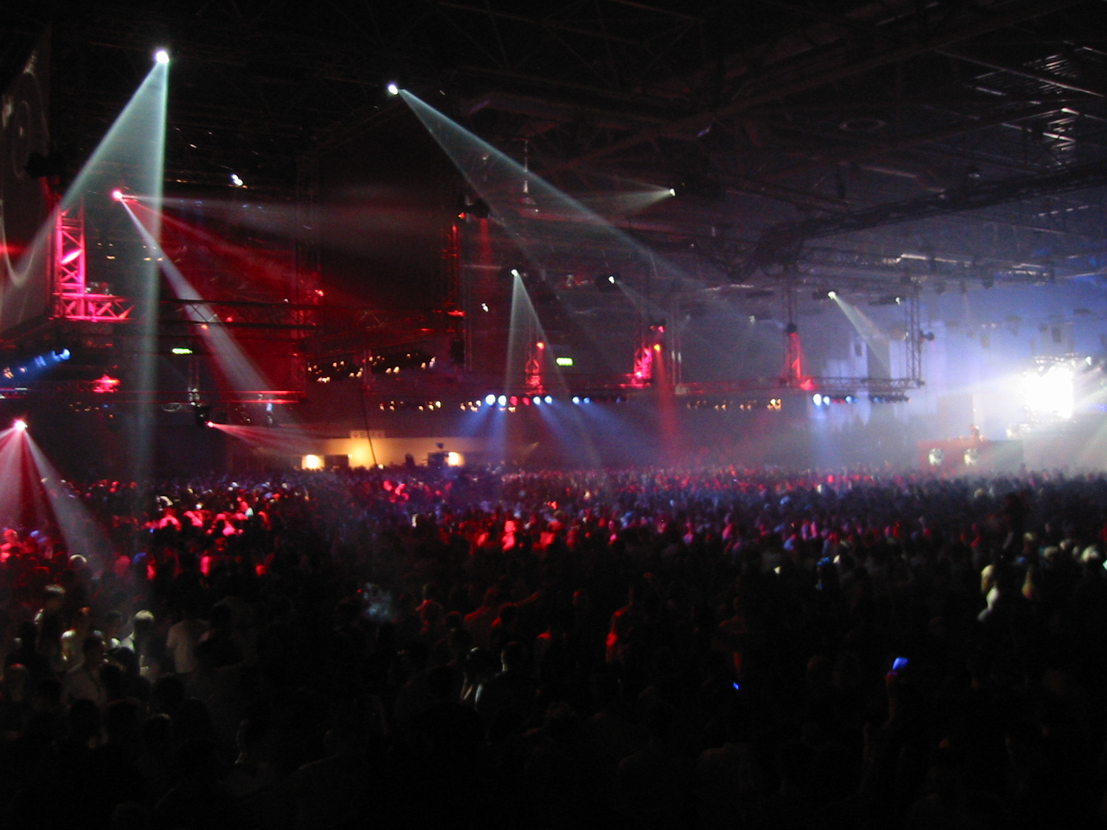 Trance music wikipedia for House music 2002
