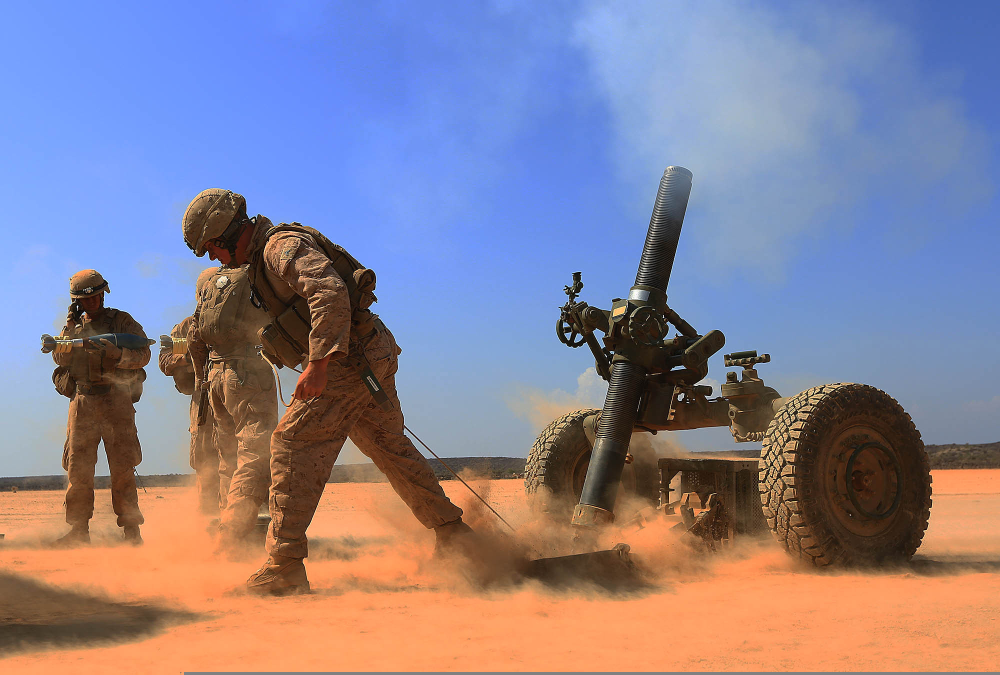 File:U.S. Marines with Alpha Battery, 1st Battalion, 4th ...
