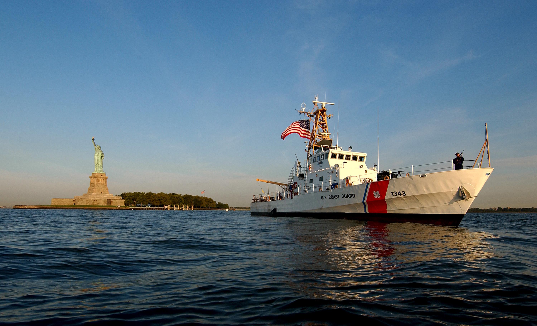 U S Coast Guard Buoy Tender Building Newport Ri Construction
