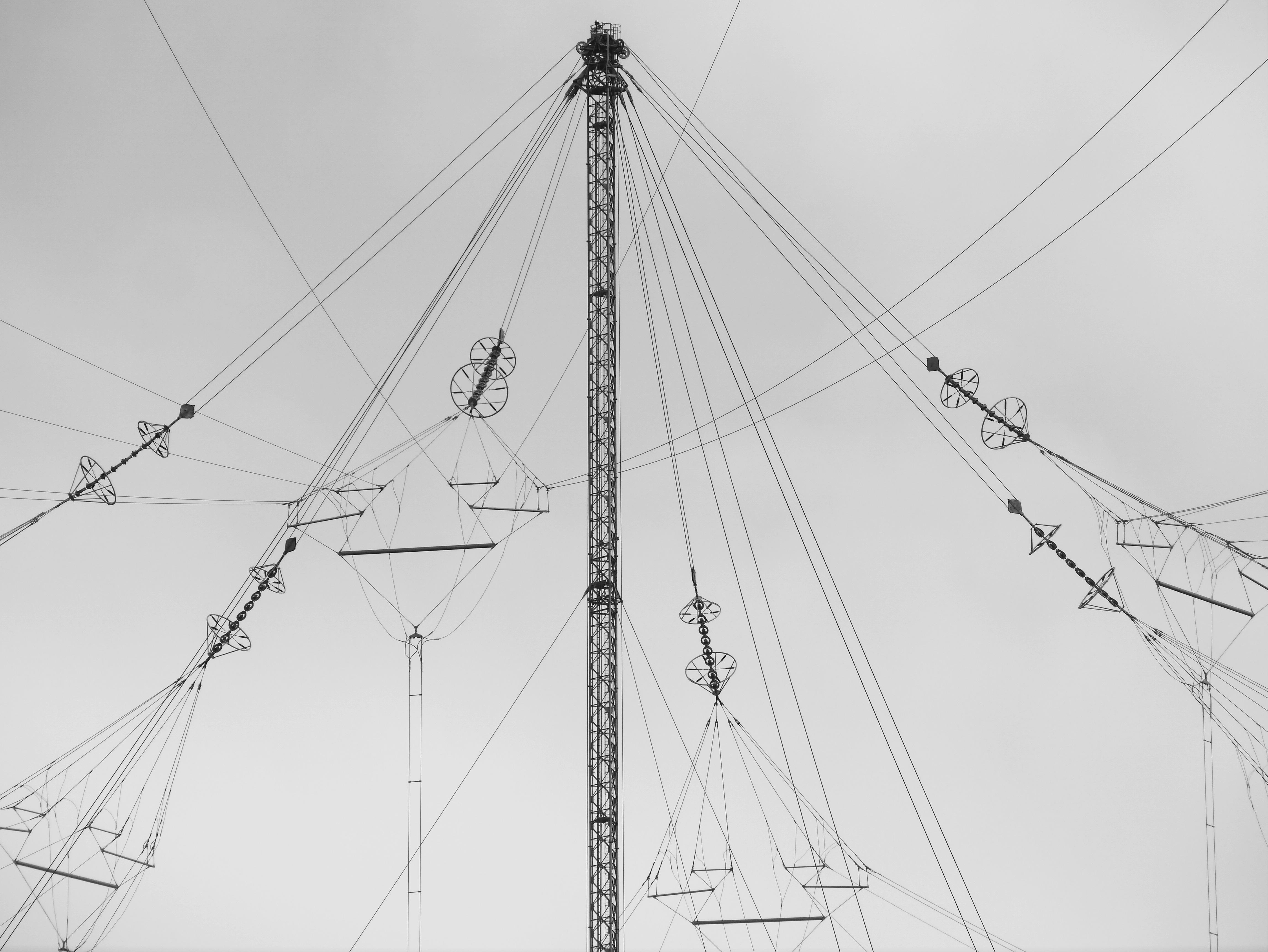 FichierVLF umbrella antenna   Anthorn Radio Station UK   central ...