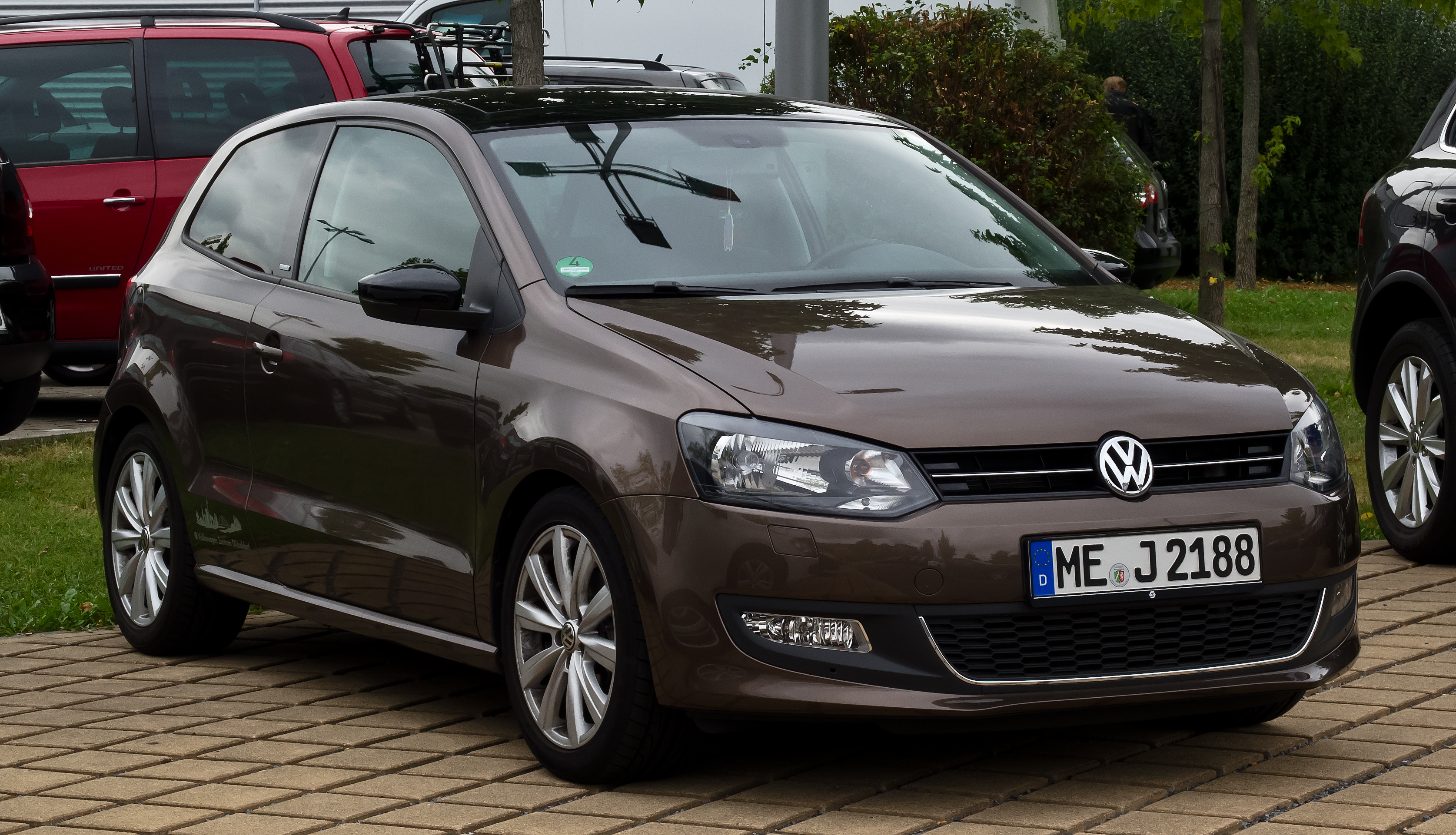 file vw polo style v frontansicht 30 august 2012 d wikipedia. Black Bedroom Furniture Sets. Home Design Ideas