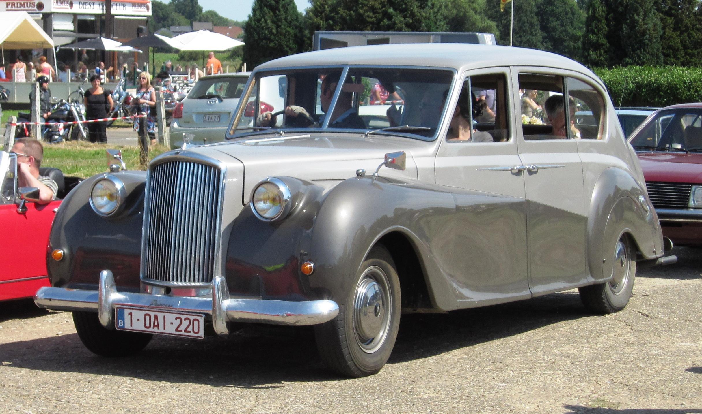 Armstrong Car Sales