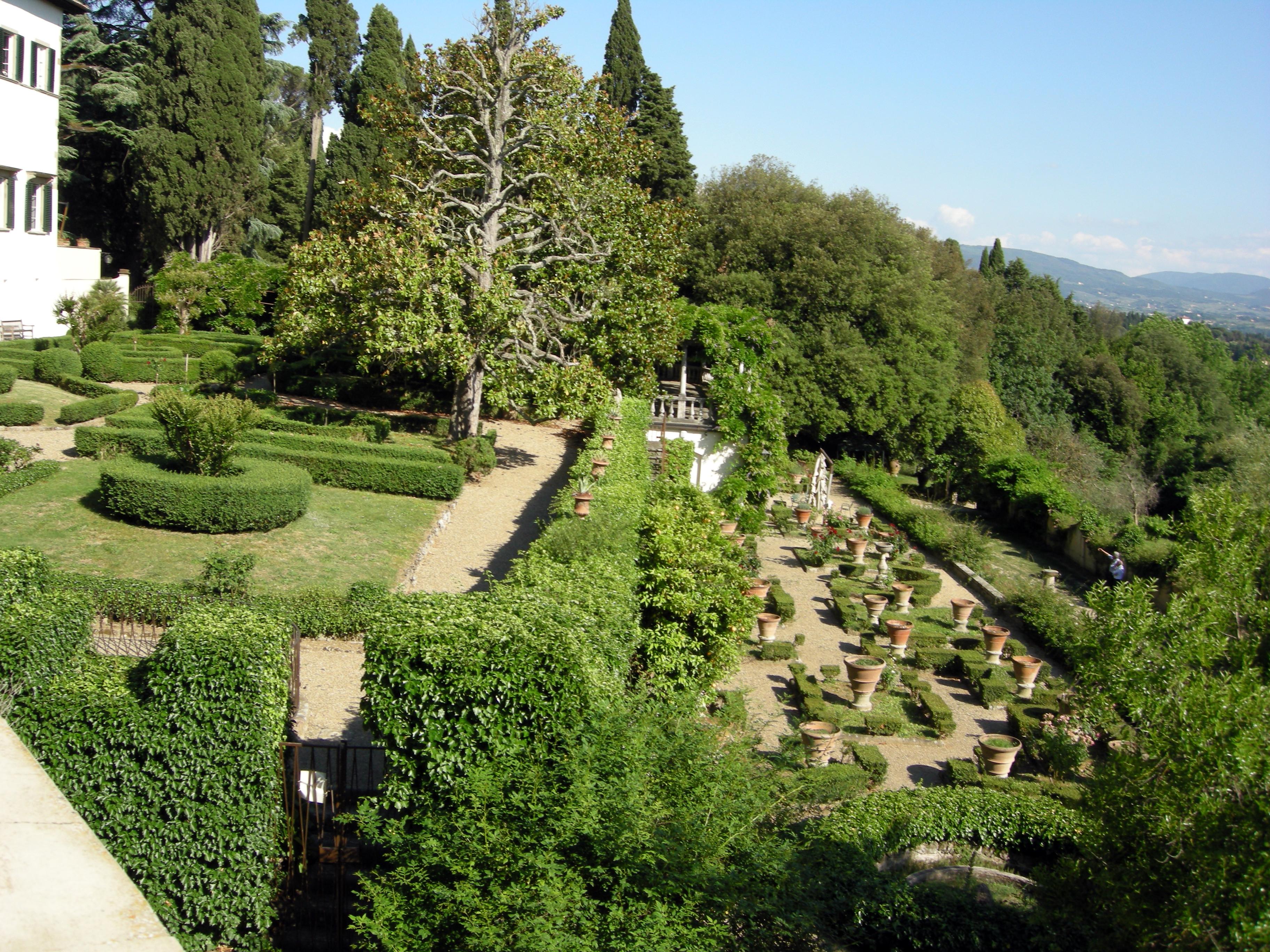 File:Villa la fonte, fiesole, giardino, terrazze all\'italiana 03.JPG ...