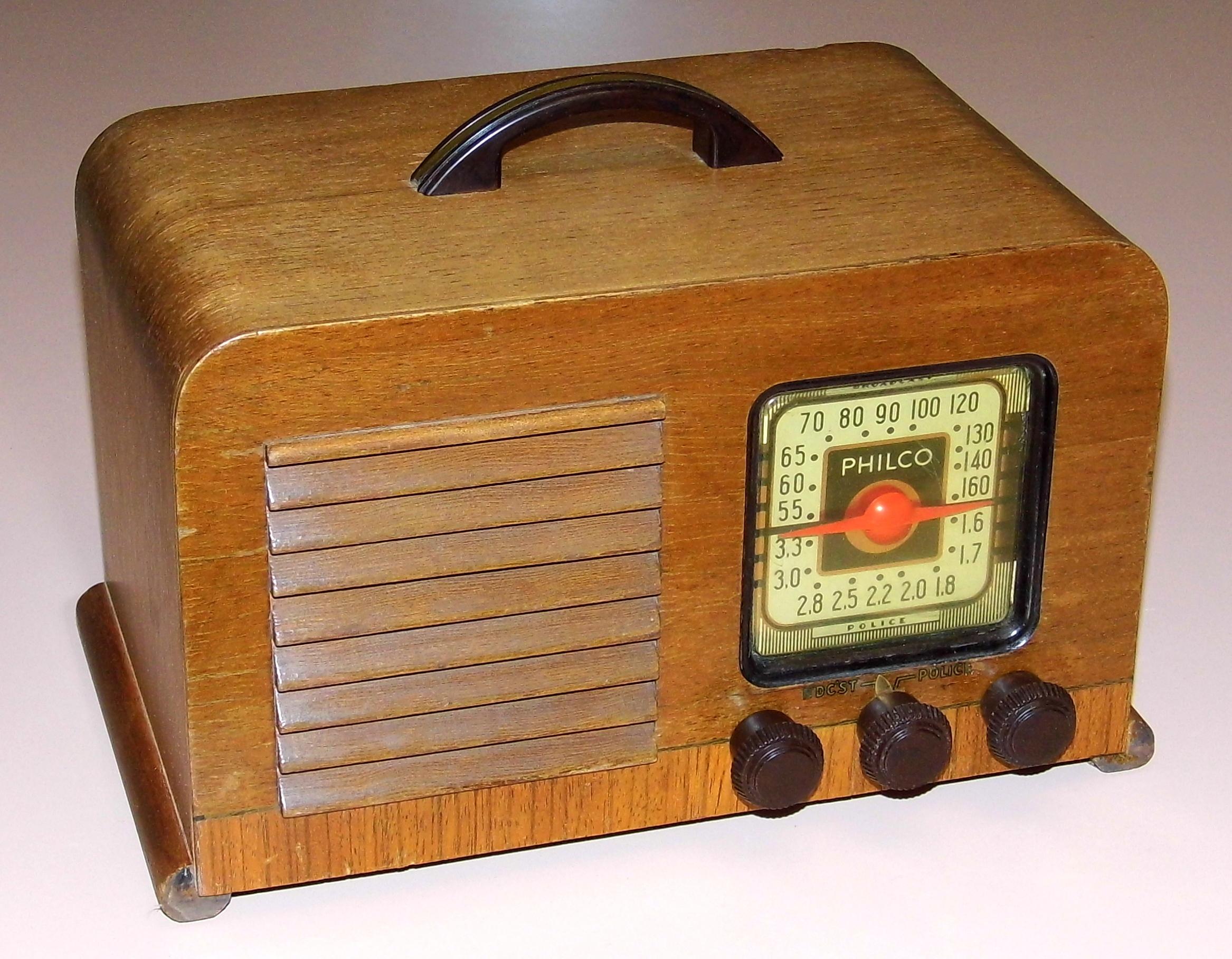 Vintage Philco Model 40 180. 3917f Floor Wood Console Es Service Manuals Schematics Using Swivel Tube Concept American Pany Released. Wiring. Zenith Tube Radio Schematics 10g 130 At Scoala.co