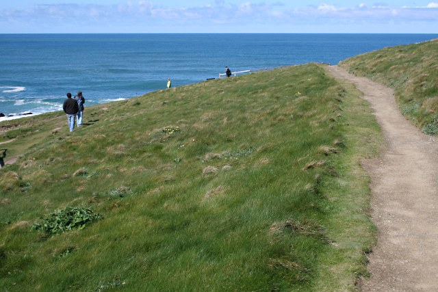 Walking on Towan Head - geograph.org.uk - 1247042