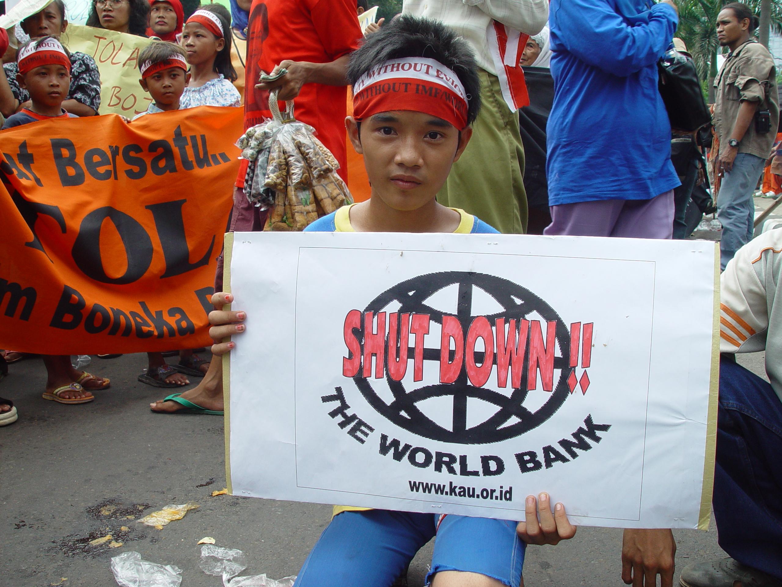 Protesta contra el Banco Mundial en Yakarta