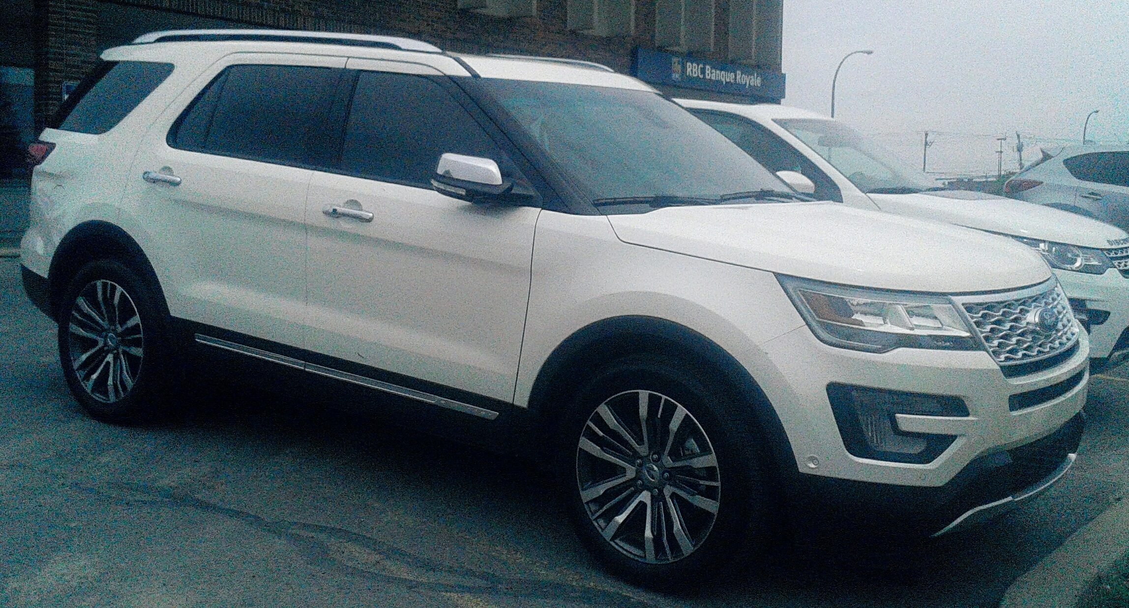 denali platinum explorer gmc comparison ford interior acadia vs