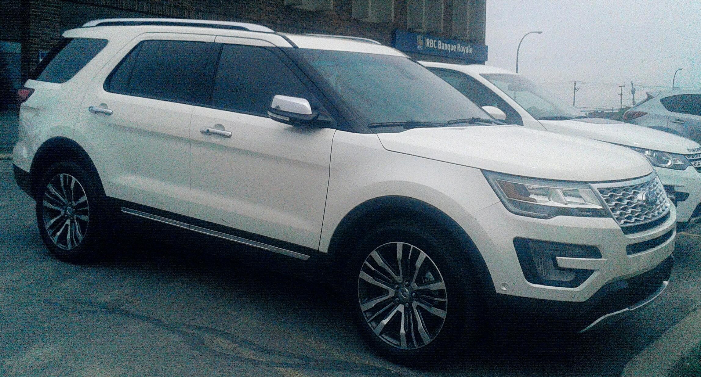 hd ford review explorer road exterior test platinum