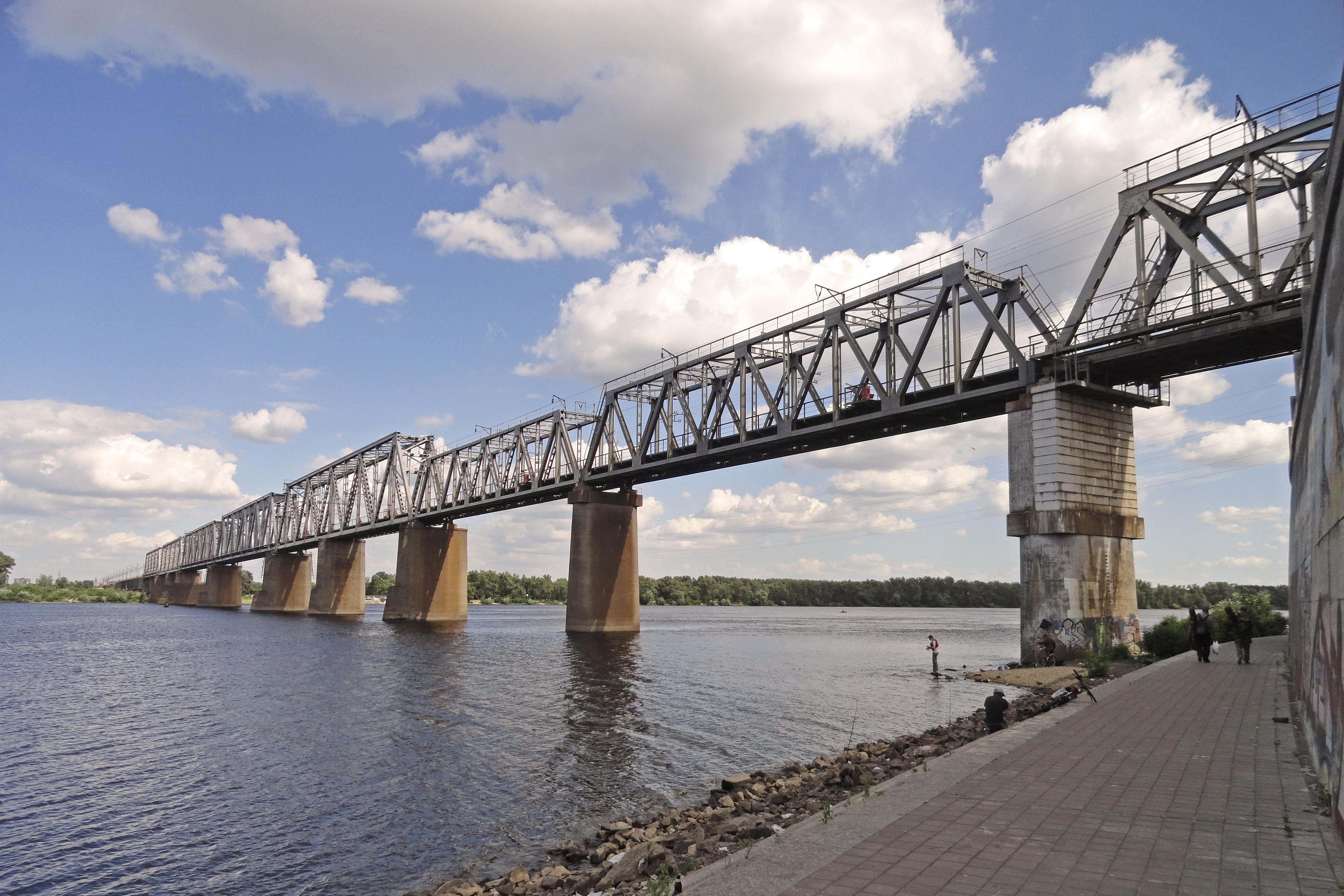 Петрівський міст