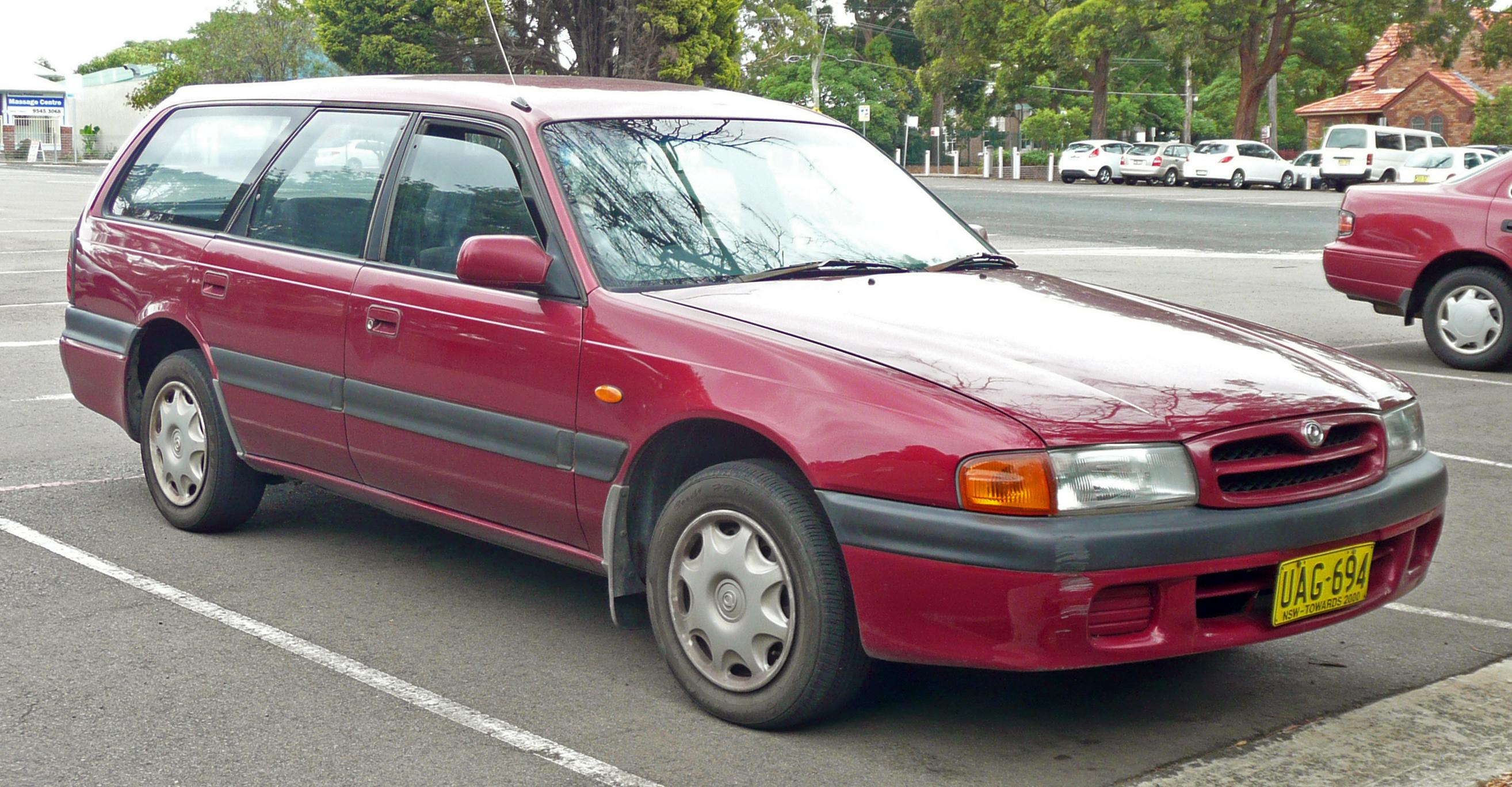 file 1995 mazda 626 gv series 4 station wagon 2006 12 20 01 jpg rh commons wikimedia org Mazda 6 Wagon Mazda 626 Liftback