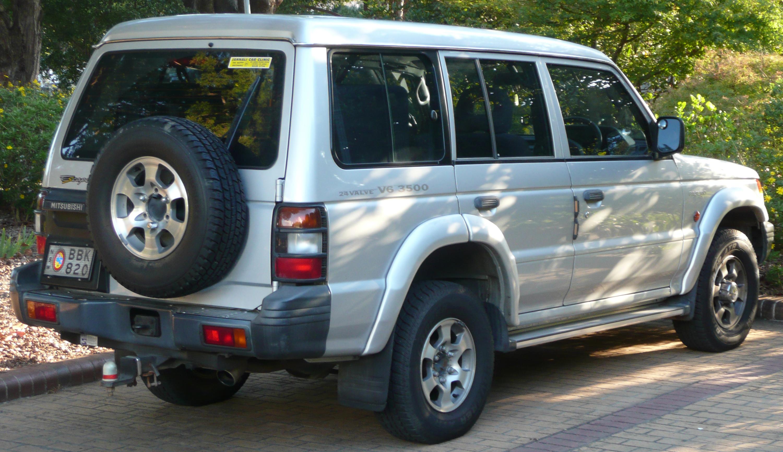 File 1999 2000 Mitsubishi Pajero Nl Escape Wagon 01 Jpg