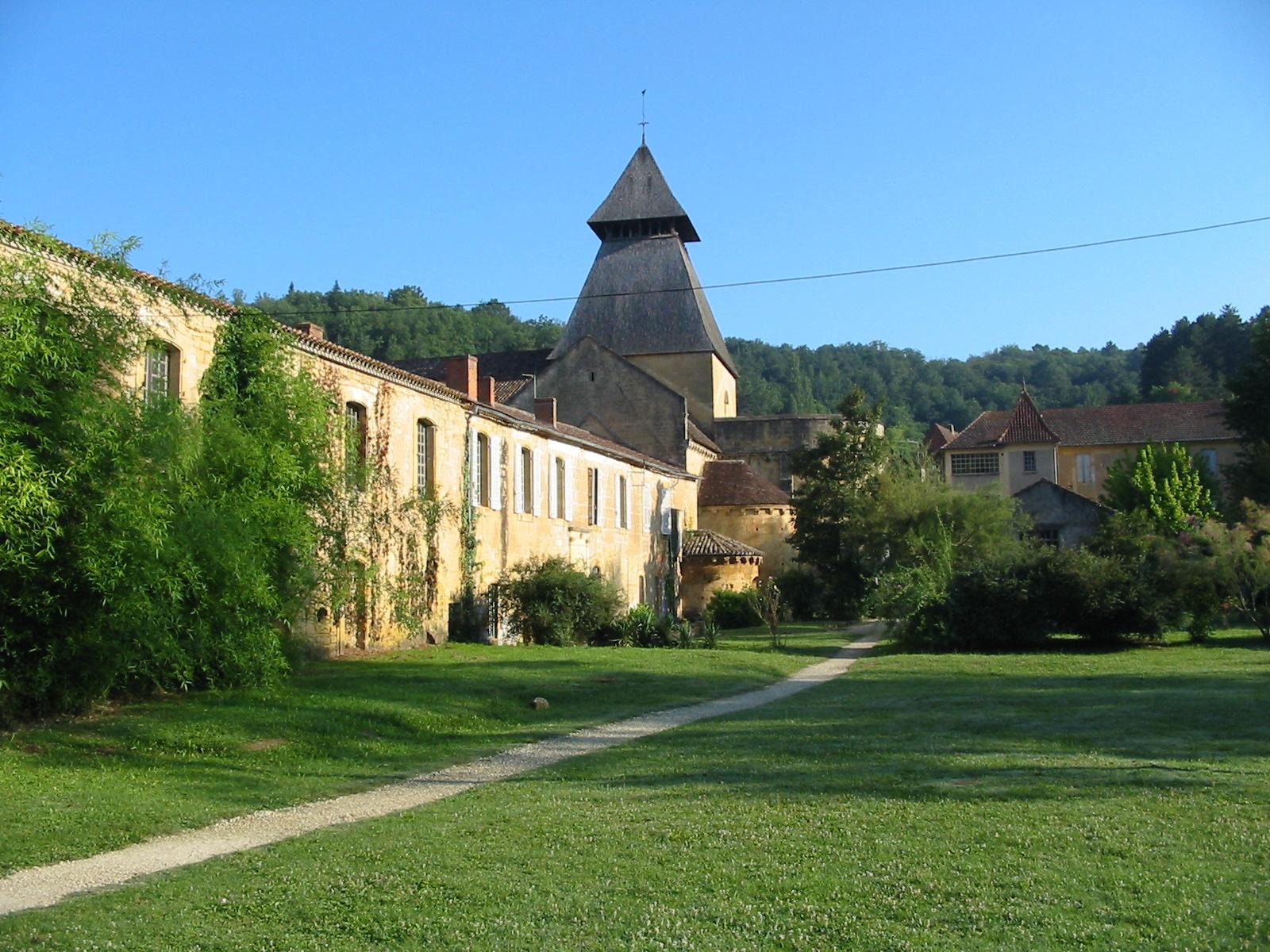 Cadouin France  city photos : Fichier:Abbaye de Cadouin 2007 08 03 — Wikipédia