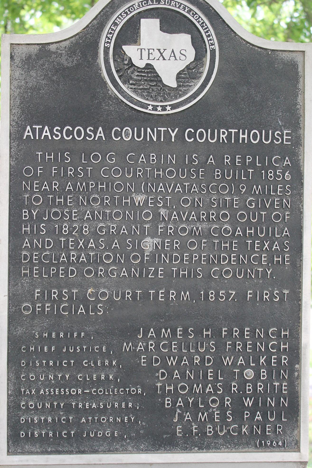 File:Atascosa-county-courthouse(log-cabin)2016-1.jpg - Wikimedia Commons