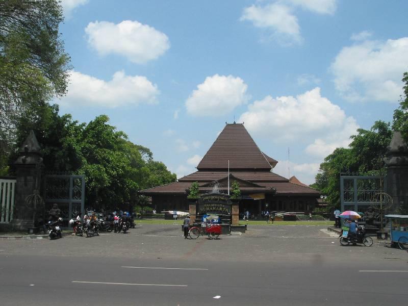 Uber Mobil hadir di Kota Solo (Surakarta)