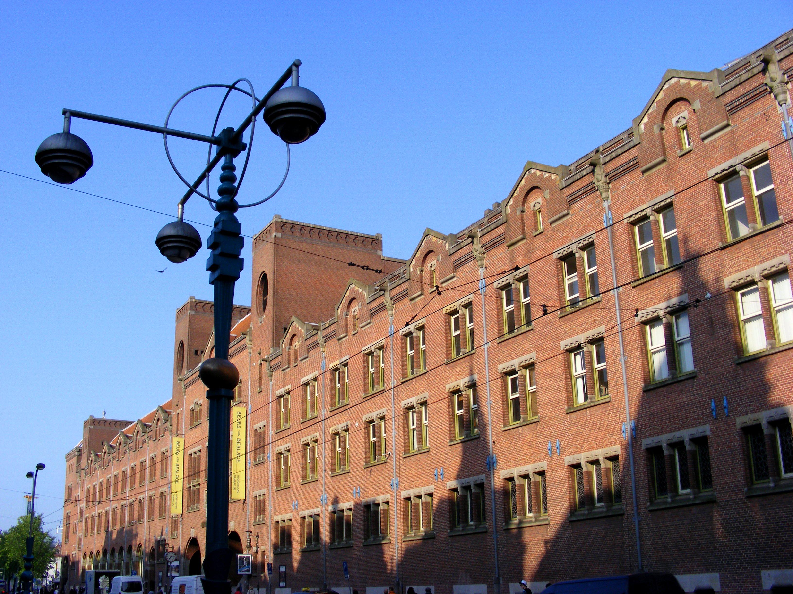 huis muur: Ontwerp beurs van amsterdam