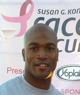 English: Bradie James at the Susan G. Komen Ra...