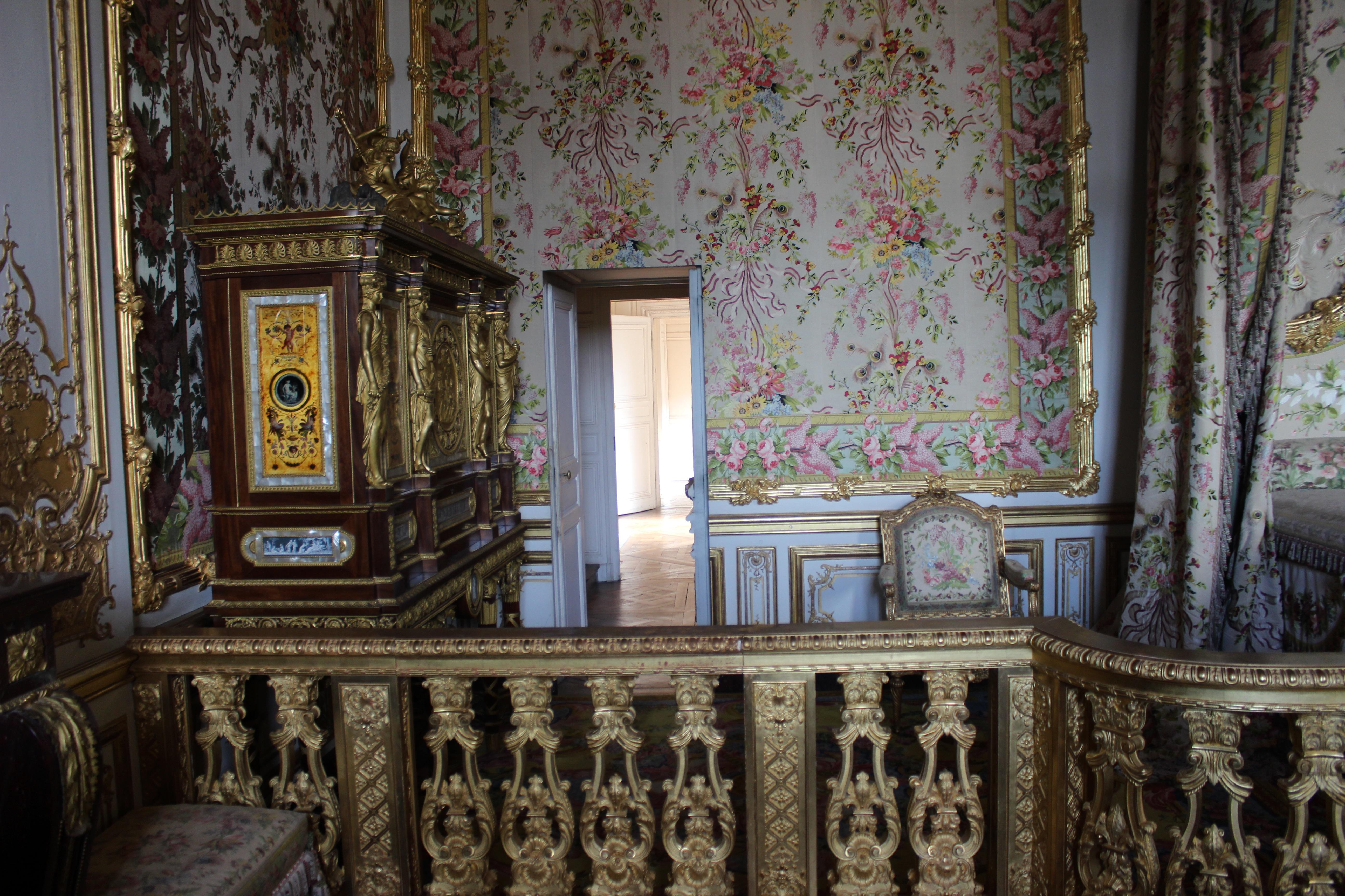 File chambre de la reine versailles 02 jpg wikimedia for Chambre de la reine