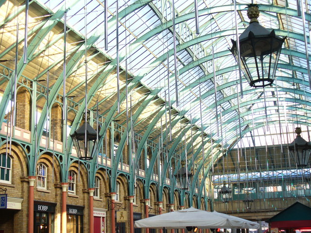 File:Covent Garden Roof - geograph.org.uk - 1098928.jpg