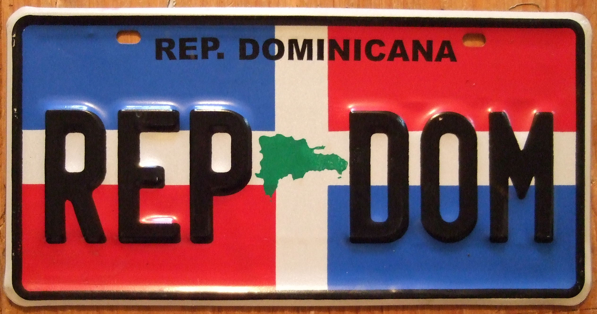 License Plate Size >> File:DOMINICAN REPUBLIC, SOUVENIR LICENSE PLATE 2008 - Flickr - woody1778a.jpg - Wikimedia Commons
