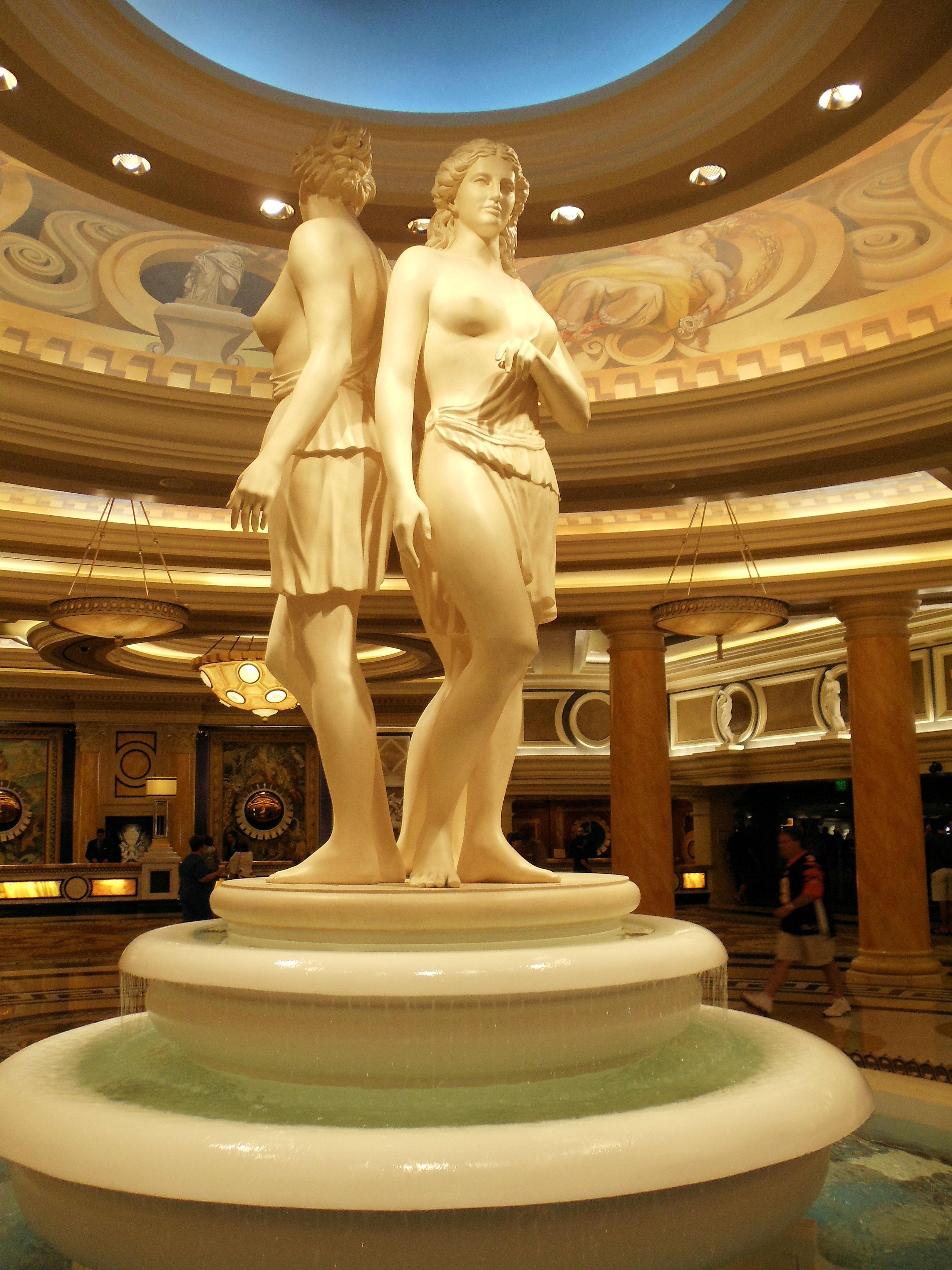 caesars palace online casino sizing hot