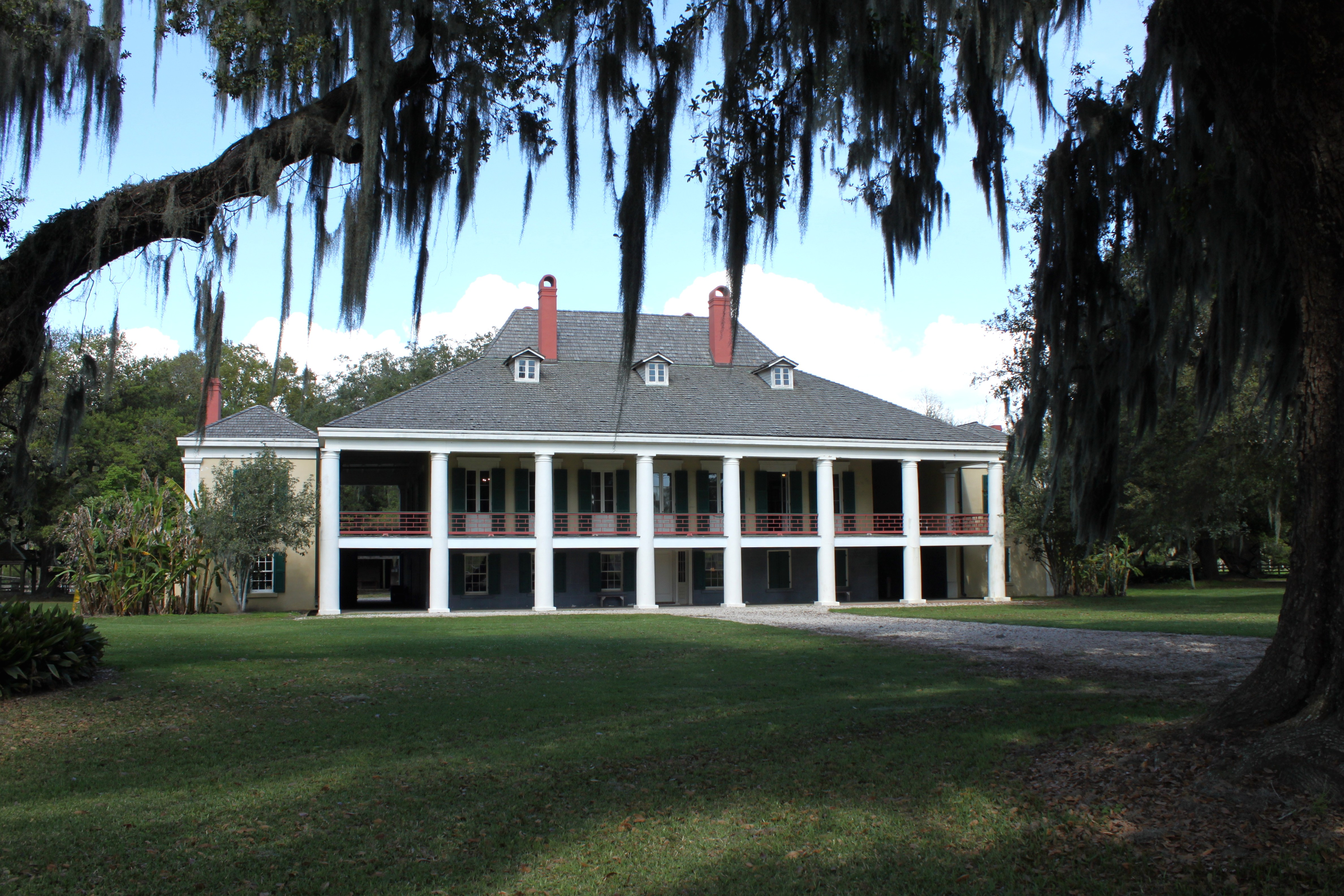 File destrehan plantation house wikimedia commons Antebellum plantations for sale