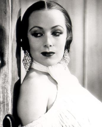 Dolores Del Rio in - In Caliente