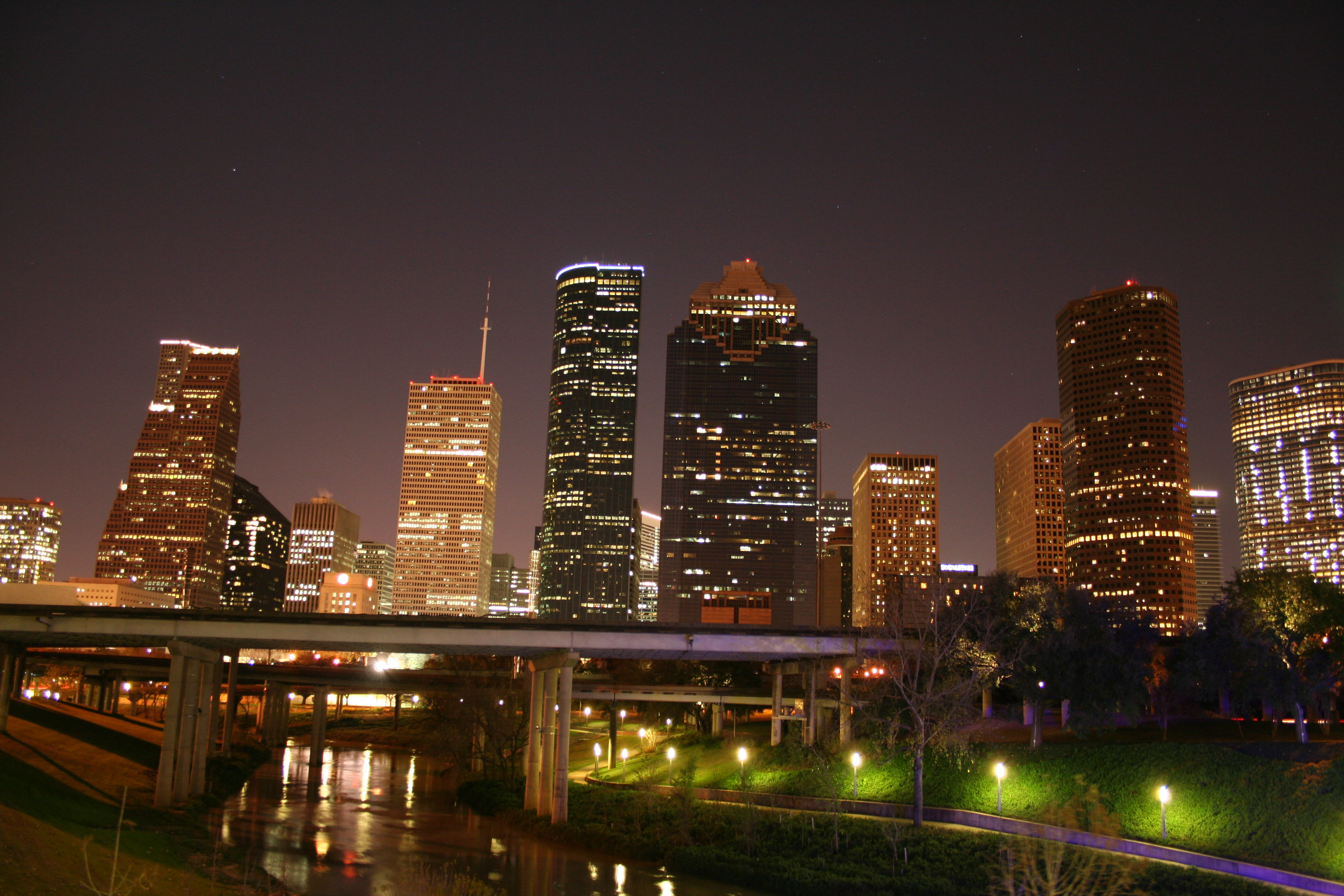 File Downtown Houston Skyline Night Jpg Wikipedia