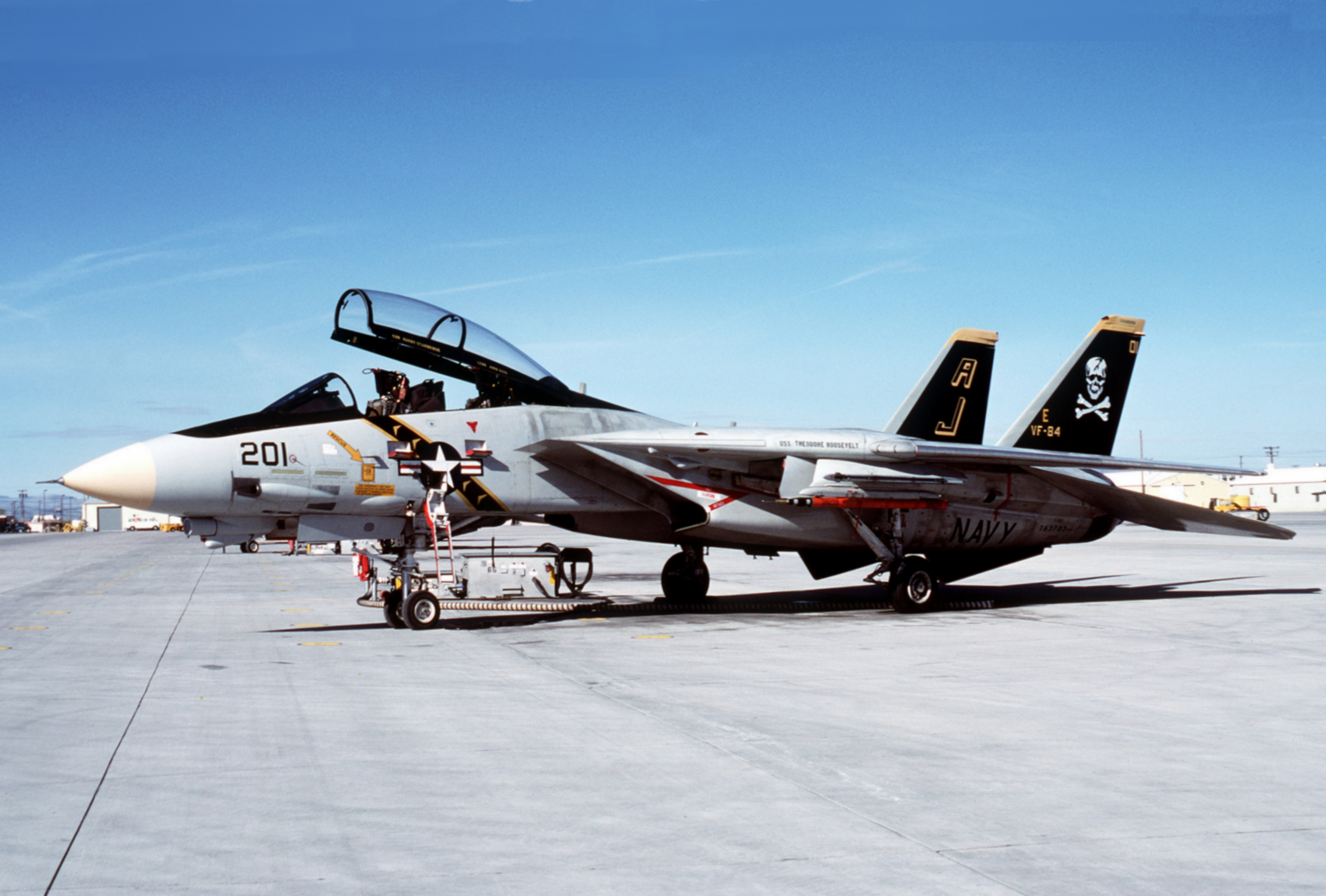 F-14A_VF-84_at_NAS_Fallon_1988.JPEG