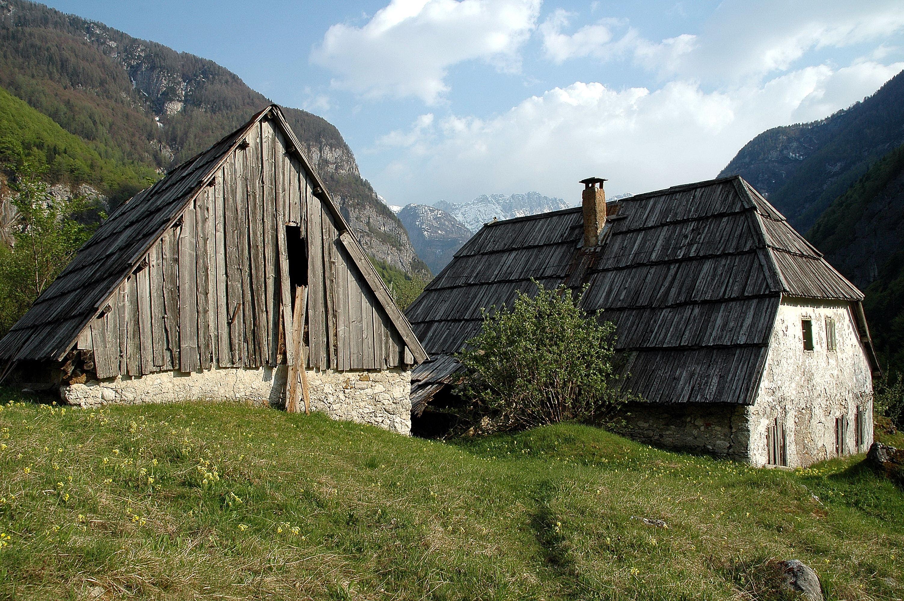 Farmhouse wikidwelling for Farmhouse house