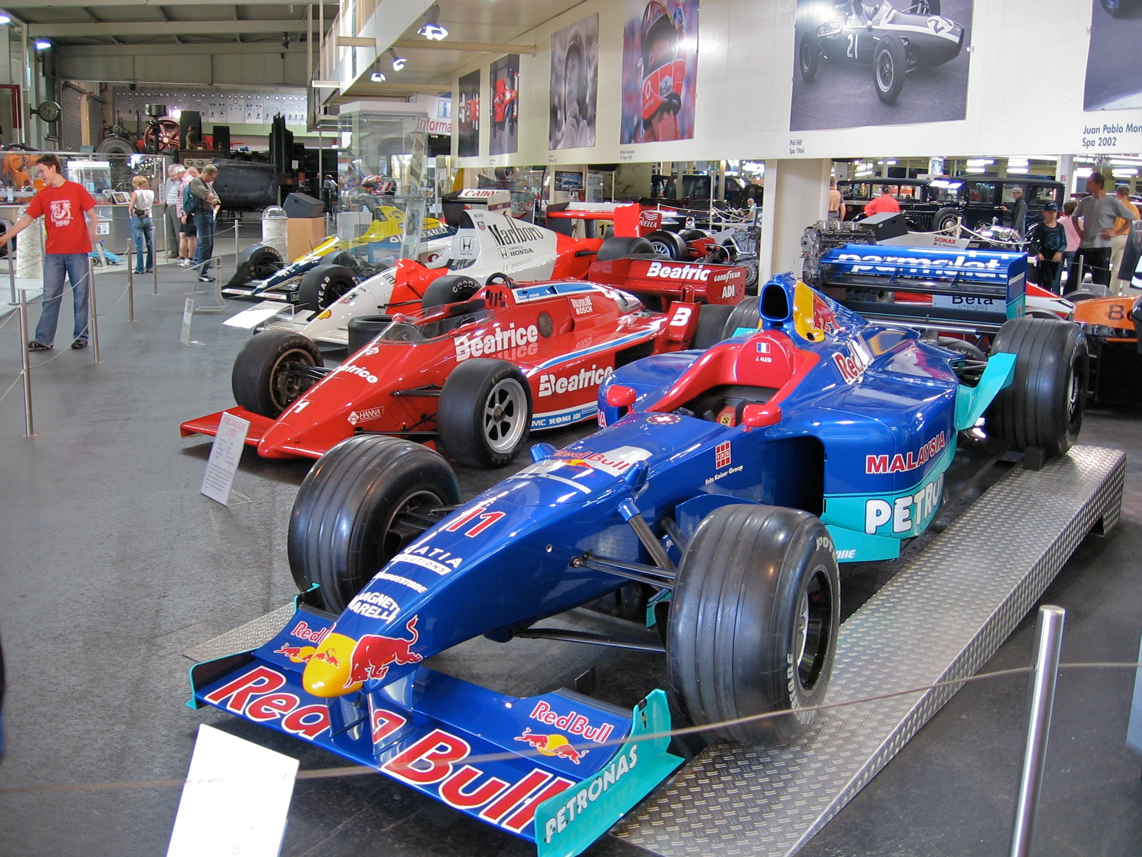 file formula one cars auto und technik museum wikimedia commons. Black Bedroom Furniture Sets. Home Design Ideas