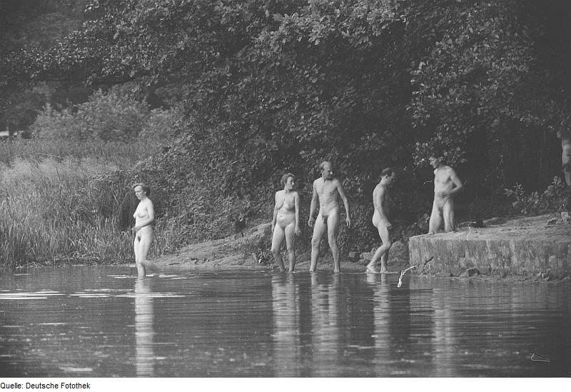 bilder nakna damer svenska tjejer amatör