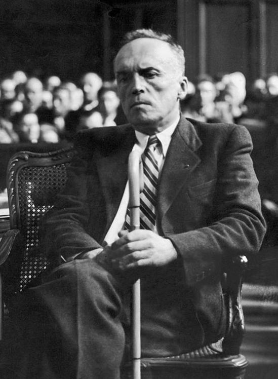https://upload.wikimedia.org/wikipedia/commons/1/12/Georges_Loustaunau-Lacau_1945.jpg