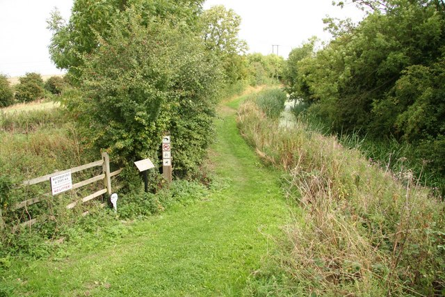 Grantham Canal towpath - geograph.org.uk - 944706