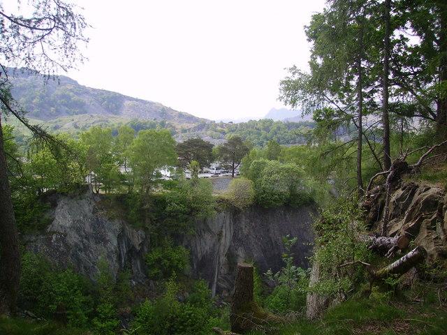Hodge Close Quarry - geograph.org.uk - 811409