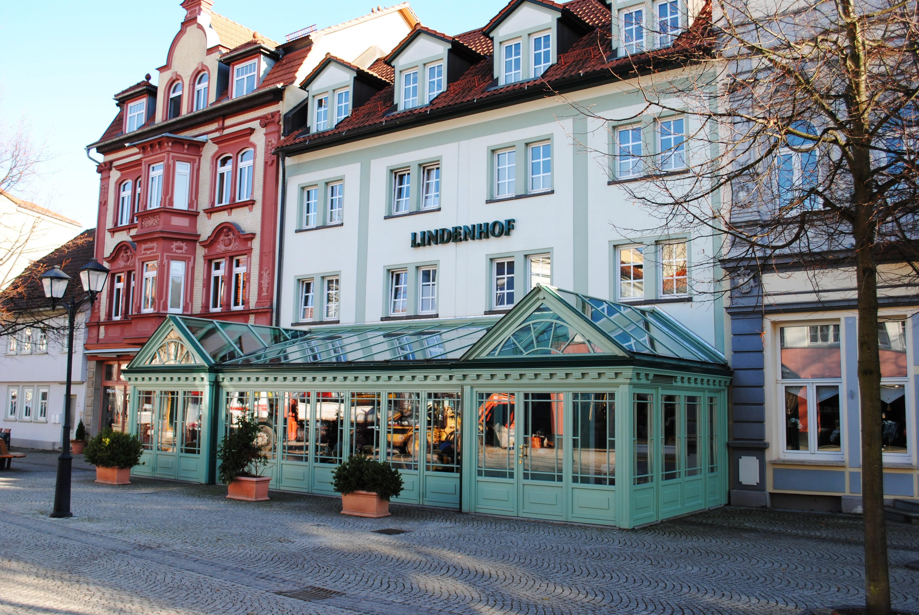 File:Ilmenau, Hotel Lindenhof, Lindenstraße 11.jpg - Wikimedia Commons
