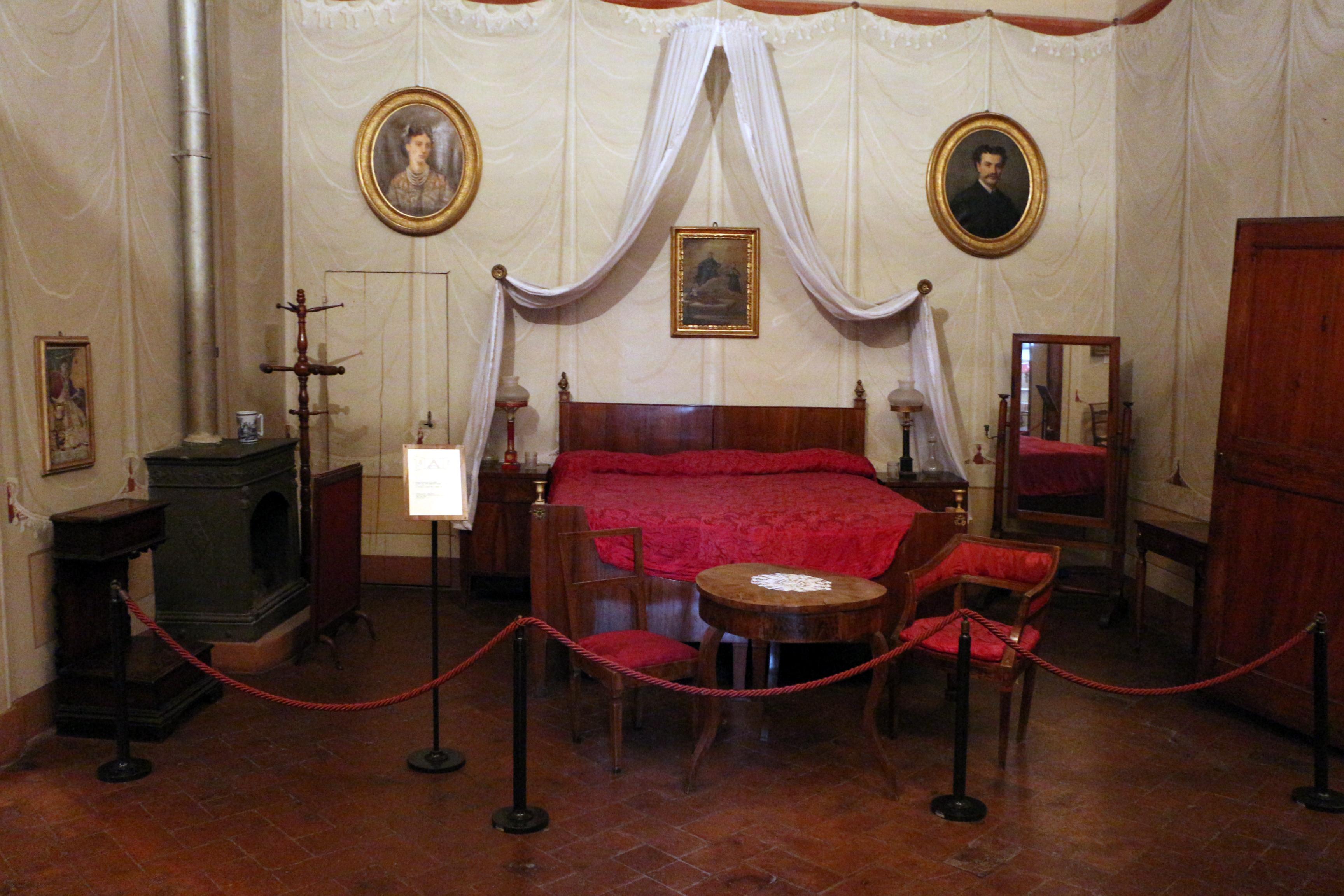 File imola palazzo tozzoni stanza da wikimedia commons - Stanze da letto usate ...