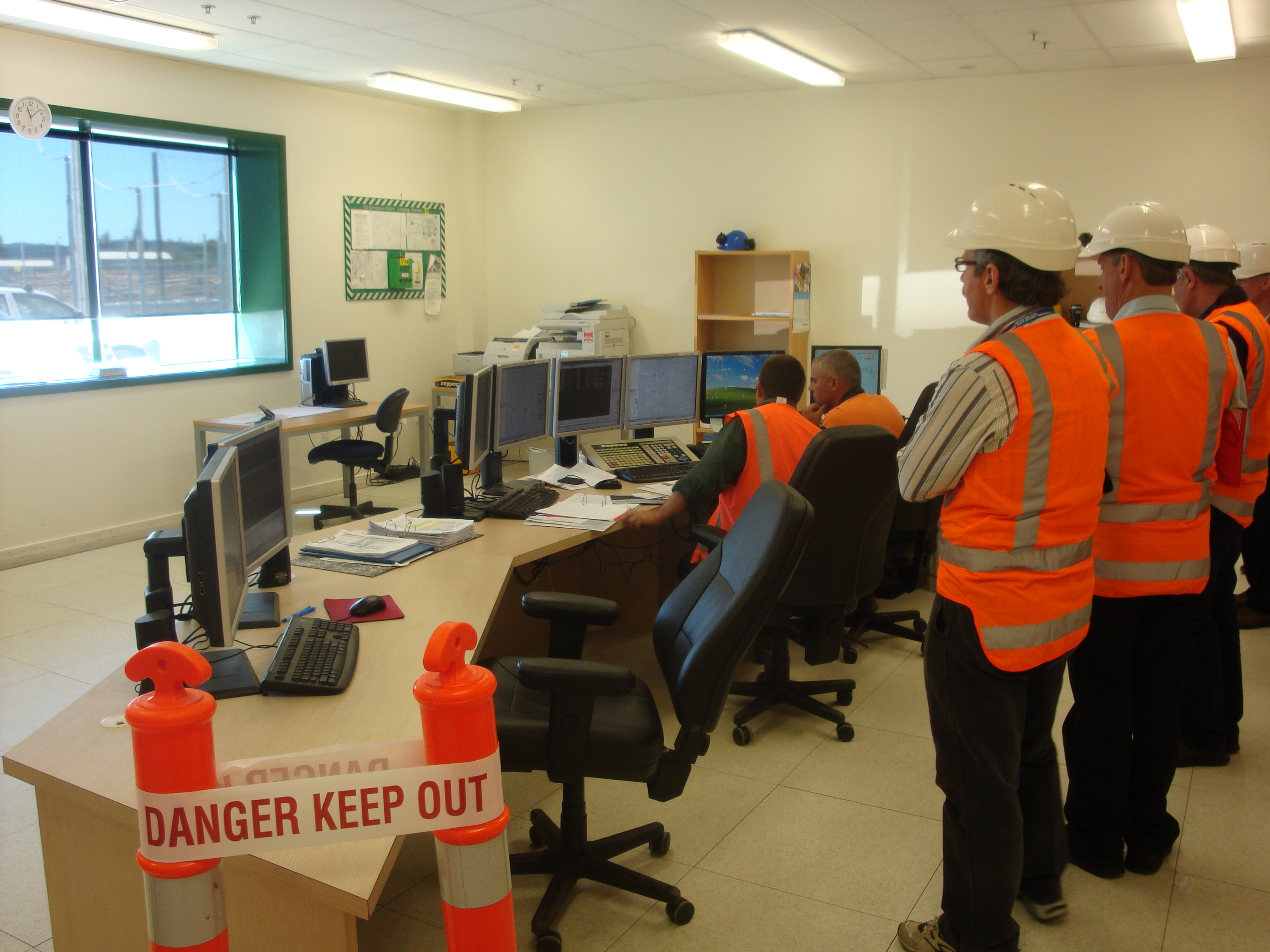 Context of use in Control Room in Kawerau Power Plant in New Zealand, photo from http://commons.wikimedia.org/​​