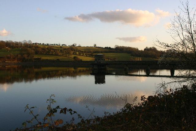 Llandegfedd reservoir - geograph.org.uk - 100669