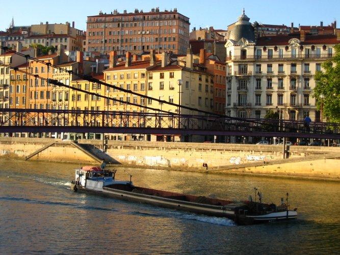 Archivo:Lyon.jpg